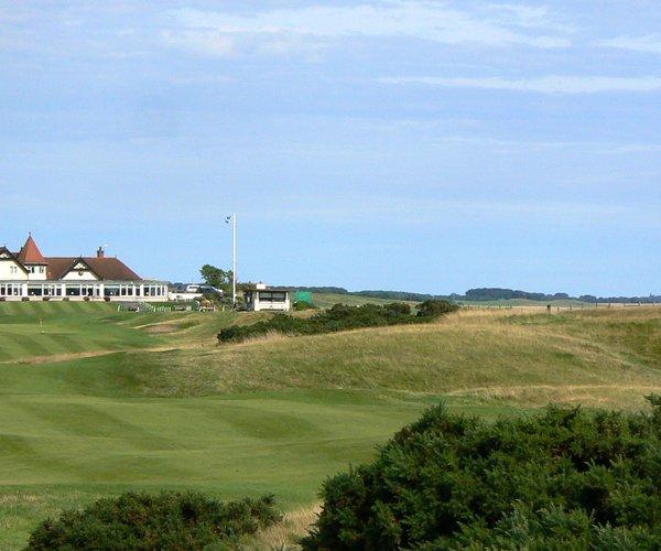 Photo of Lundin Golf Club