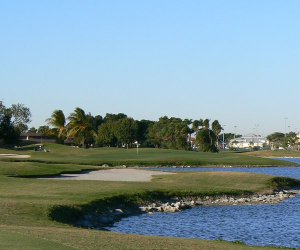 Photo of Golden Golf Club