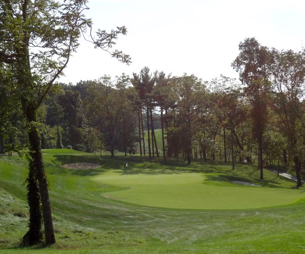 Photo of Hershey Links