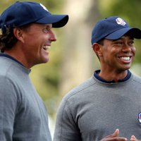 Photo of Phil Mickelson & Tiger Woods