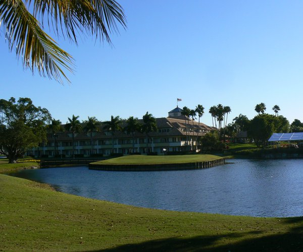 Photo of Trump National Doral Golf Club (Golden Palm course)