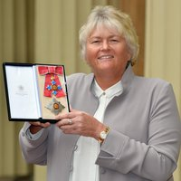 Photo of Laura Davies
