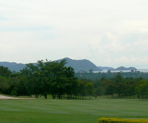 Photo of Phoenix Gold Golf & Country Club