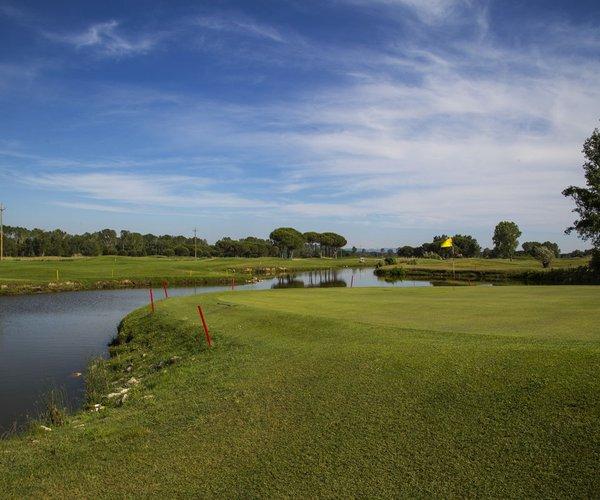 Photo of Cosmopolitan Golf & Country Club