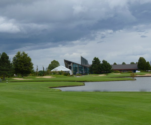 Photo of Mayfair Lakes Golf & Country Club