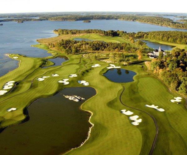 Photo of Bro Hof Slott Golf Club (Stadium course)
