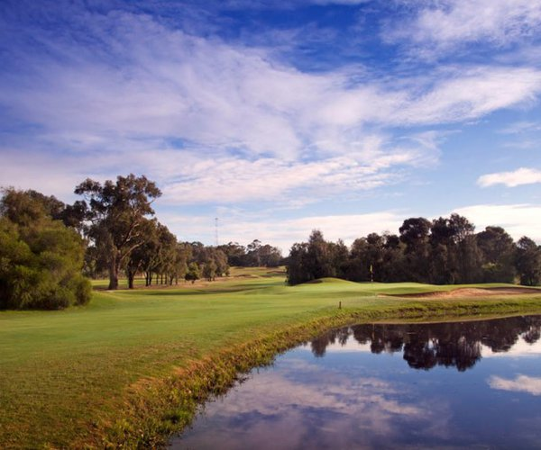 Photo of Yarrawonga Mulwala Golf Club (Lake course)