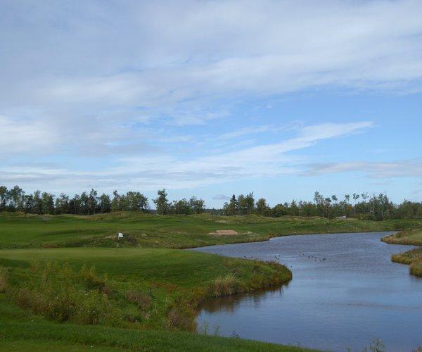 Photo of Royal Oaks Golf Club