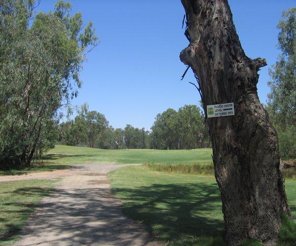 Photo of Yarrawonga Mulwala Golf Club (Murray course)