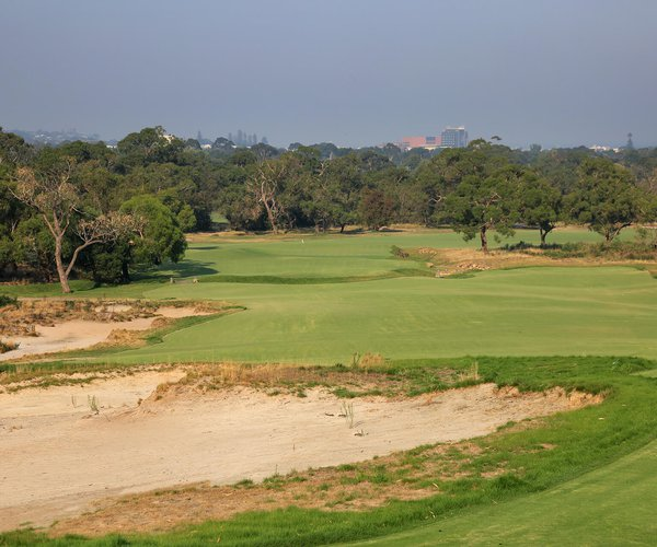 Photo of Peninsula Kingswood Country Golf Club (South course)